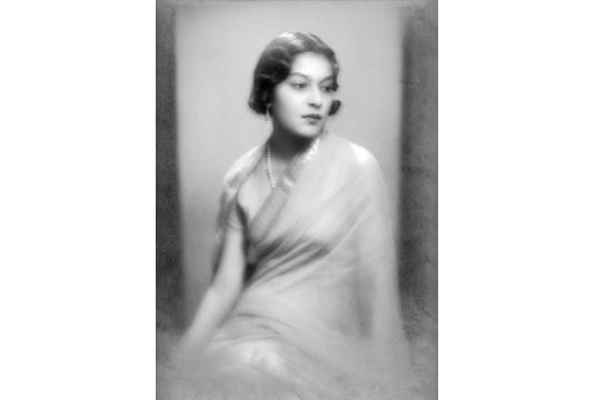 wi08ss64-maharani-menaka-devi-c-1940